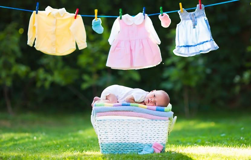 حذف لکه و شستن لباس نوزاد