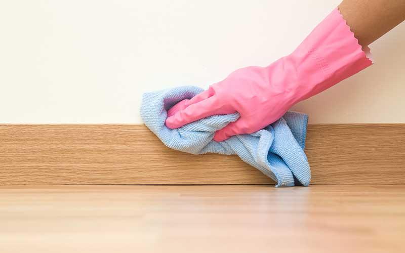 انواع روش های تمیز کردن دیوار گچی
