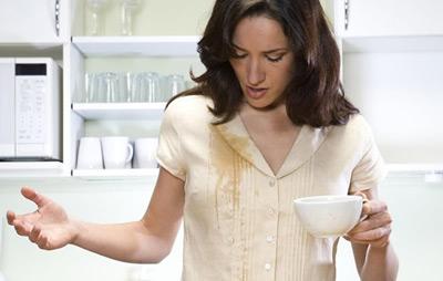 پاک کردن لکه غذا از روی لباس های مختلف